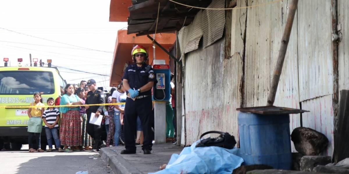 Sicarios asesinan a mujer de dos tiros en la cabeza