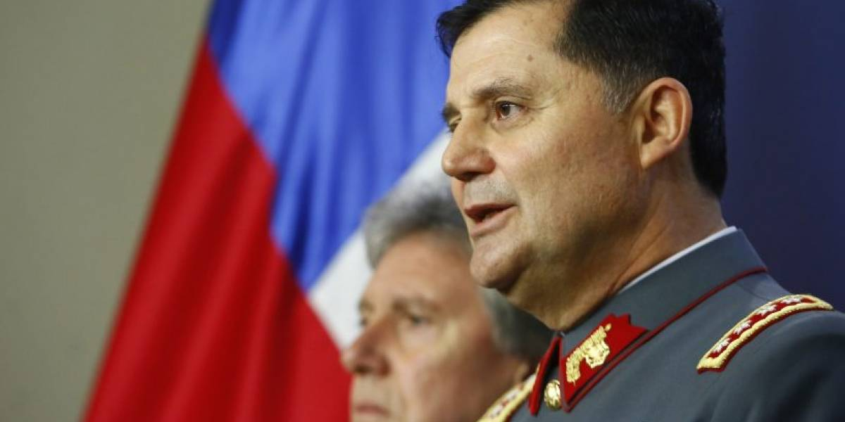 """Jefe del Ejército habló sobre derechos humanos así como de """"la modernización y transversalidad"""" de la institución militar"""