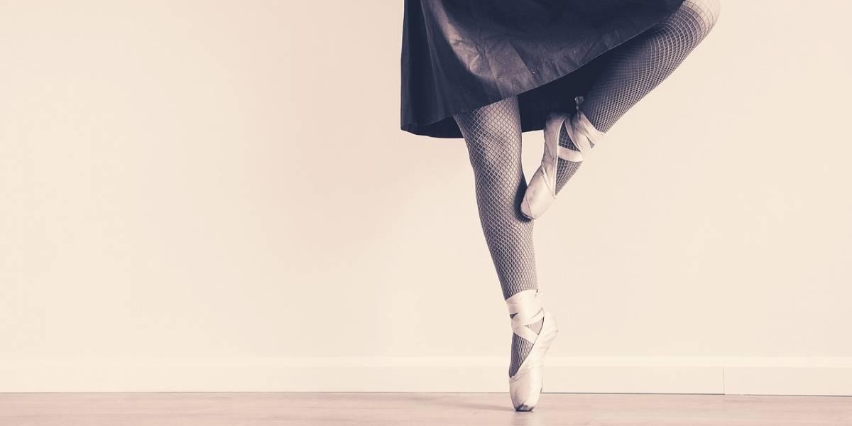 Ballet de NY despide a 2 bailarines por fotos de desnudos