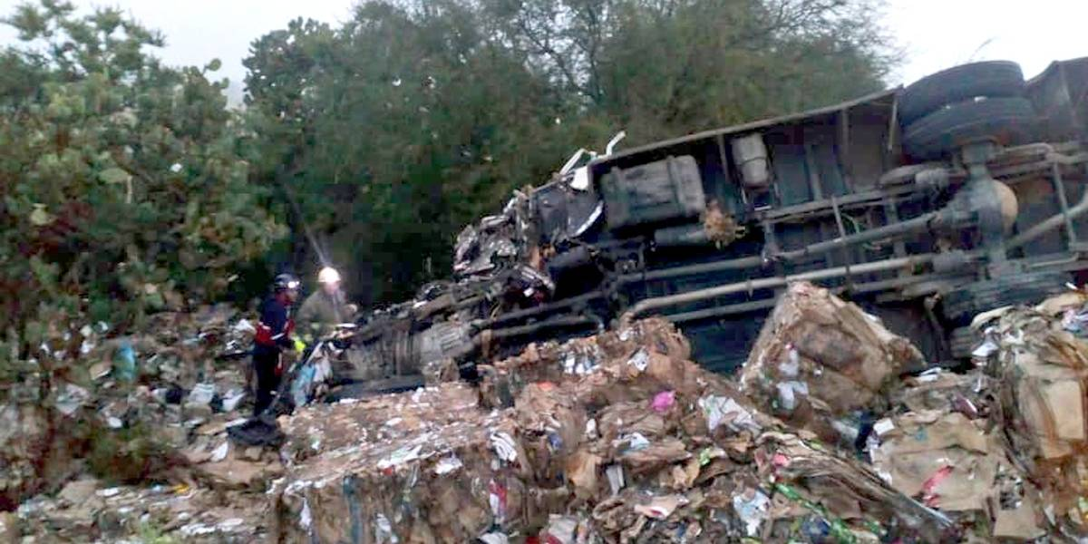Choque de autobús cerca de San Juan de los Lagos provocó ocho muertos