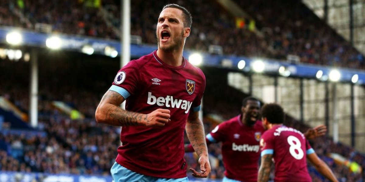 Pellegrini logró sonreír: el West Ham obtuvo un laborioso primer triunfo en la Premier League