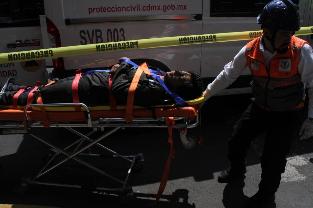 El 19 de septiembre se recordaron las maniobras que se hacen en medio de un tragedia. Foto: Nicolás Corte