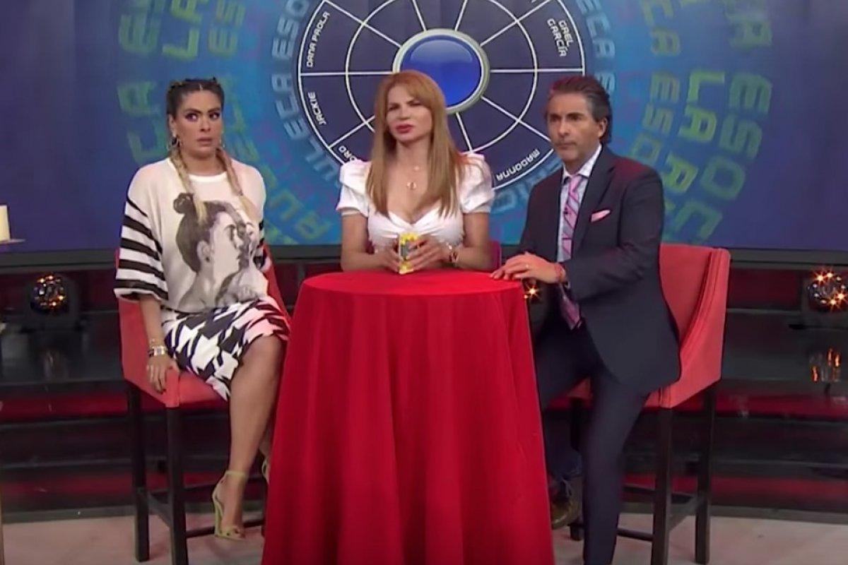 Galilea Montijo vivió un momento vergonzoso en pleno programa en vivo Especial