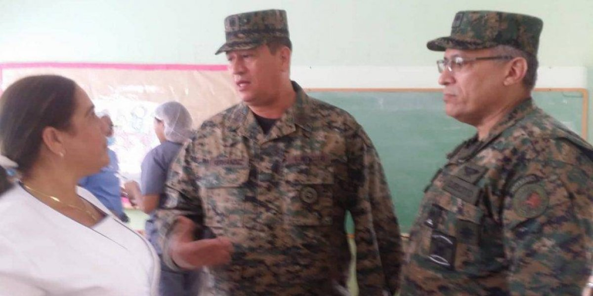 Ejército realiza operativo médico en escuela sector Villa Verde SDO