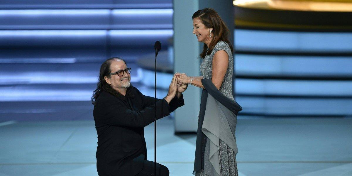 Glenn Weiss pide matrimonio durante la entrega de los premios Emmy Entretenimiento
