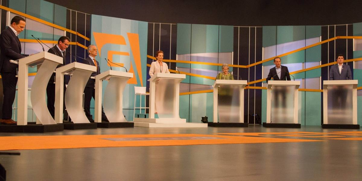 Administrações do PSDB viram alvo de adversários durante debate