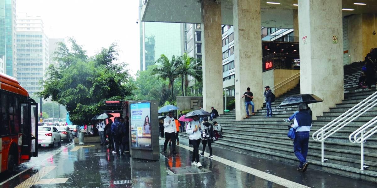Universitários relatam onda de furtos na avenida Paulista