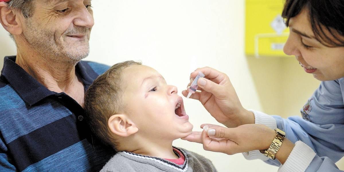 Campanha de vacinação contra a paralisia infantil começa na próxima segunda