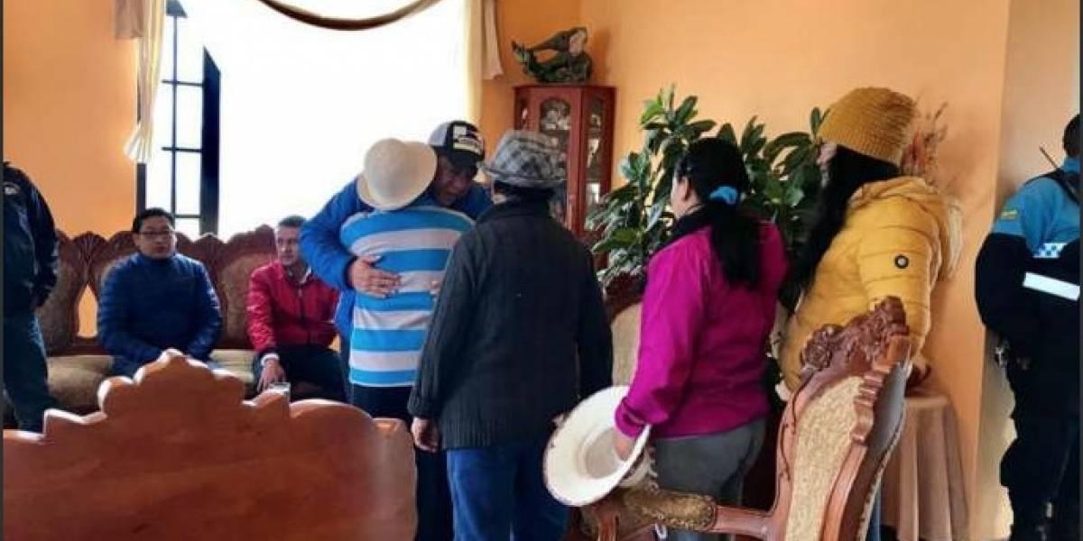 Alcalde de Latacunga fue asaltado y atado con cinta de embalaje en su domicilio