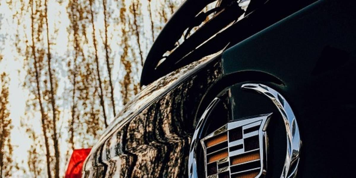 Cadillac, los primeros en manejarse solos