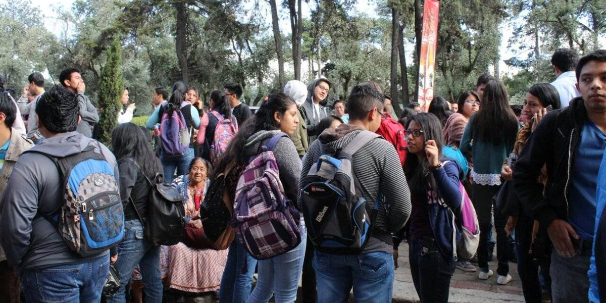 Estudiantes toman instalaciones del Cunoc