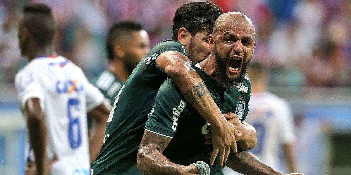 """Felipe Melo dejó la escoba en Palmeiras por apoyar al """"Trump"""" brasileño tras un gol"""