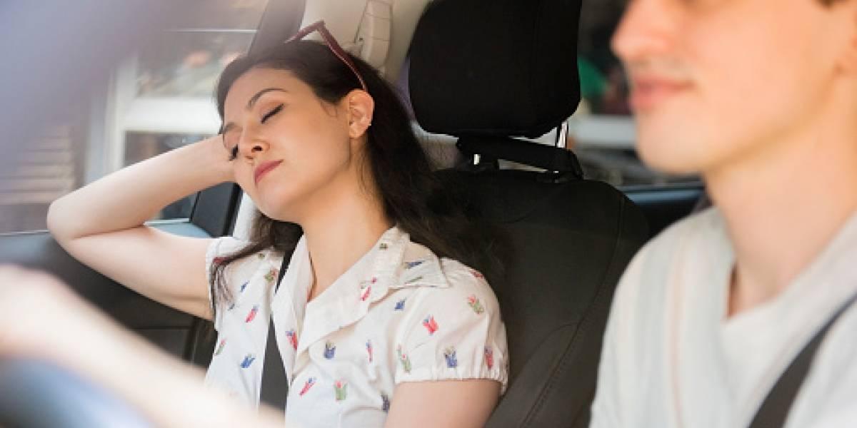 Las mujeres deben dormir más que los hombres porque su cerebro trabaja más