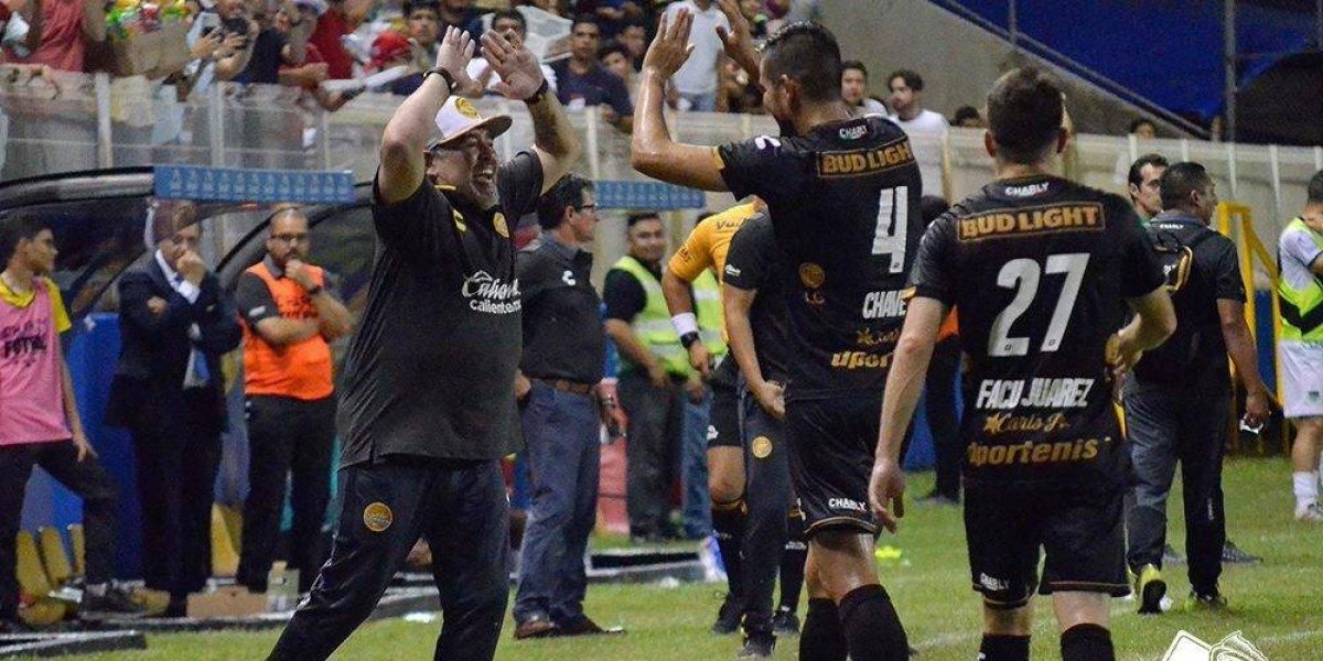 Diego Maradona comenzó su travesía en Dorados de Sinaloa con una goleada