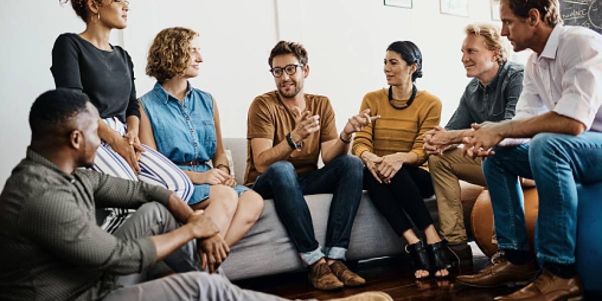 ¿Cómo sostener una conversación interesante?