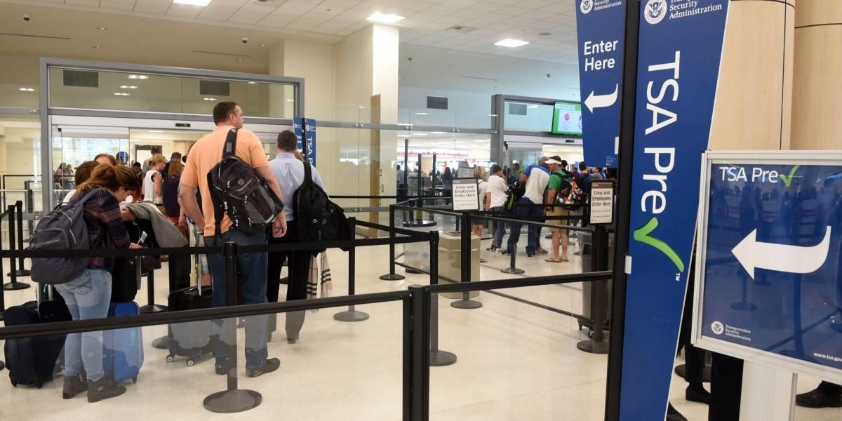 Anuncian plazas de trabajo para el aeropuerto
