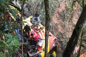 Fiscalía investiga causas de accidente de tránsito en la vía Balsas-Machala