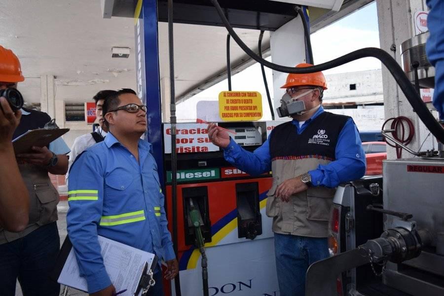 DIACO supervisa gasolinera
