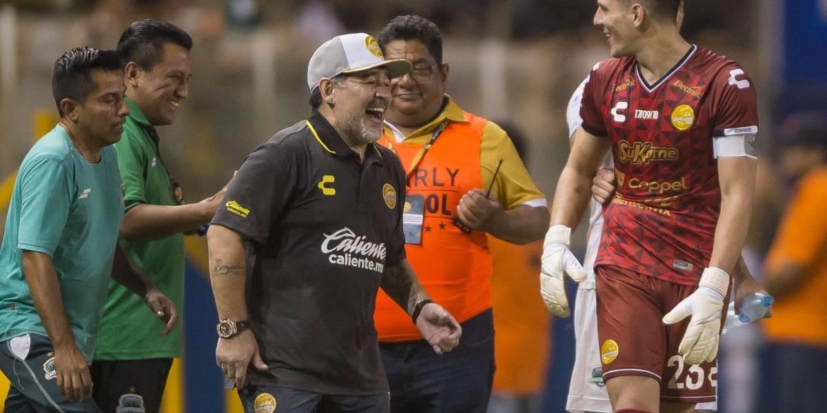 El regalo que le hará Maradona a 'Vinicuis', luego de sus tres goles