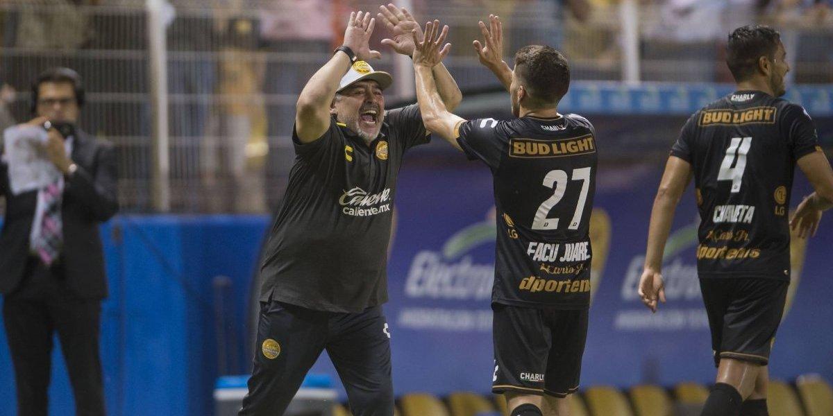 Maradona motiva a Dorados sorteando premios