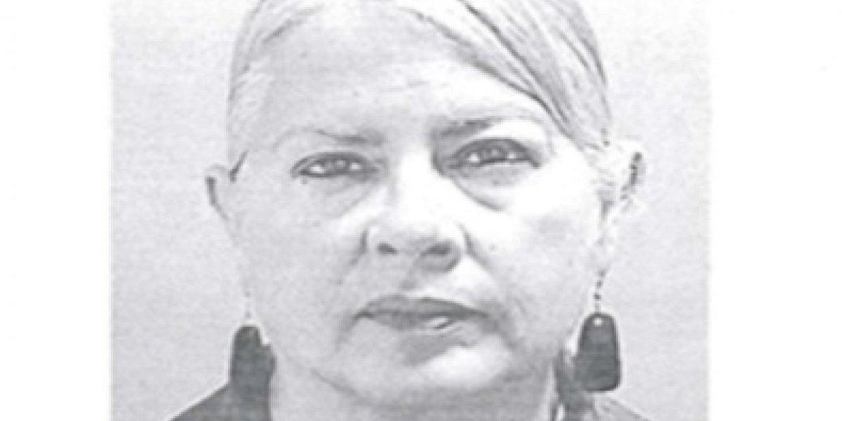 Cargos contra mujer que dejó grave a dos agentes en diciembre pasado