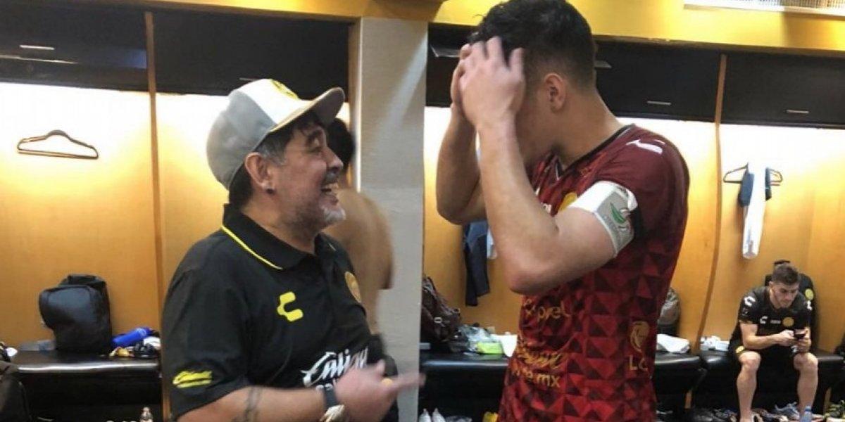VIDEO: El festejo de Maradona en el vestidor tras victoria con Dorados