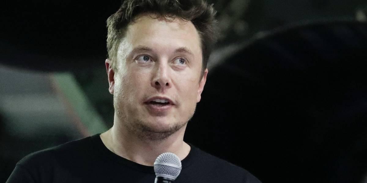 Tesla entrega documentos relacionados con salida de la bolsa