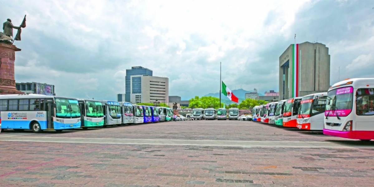 Aumentos a diésel obligan a ajustar el transporte: Bronco