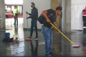 https://www.metrojornal.com.br/foco/2018/09/19/grupo-flagrado-tentando-usar-onibus-sem-pagar-na-colombia-e-obrigado-a-limpar-o-chao.html