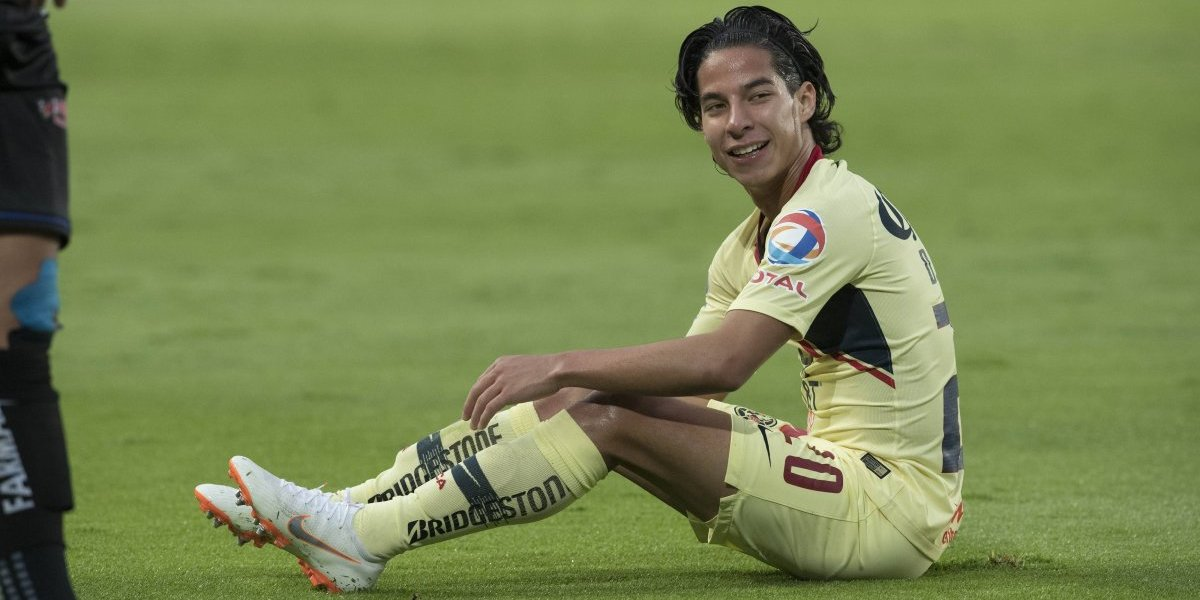 Diego Lainez, la gran duda para enfrentar a Chivas