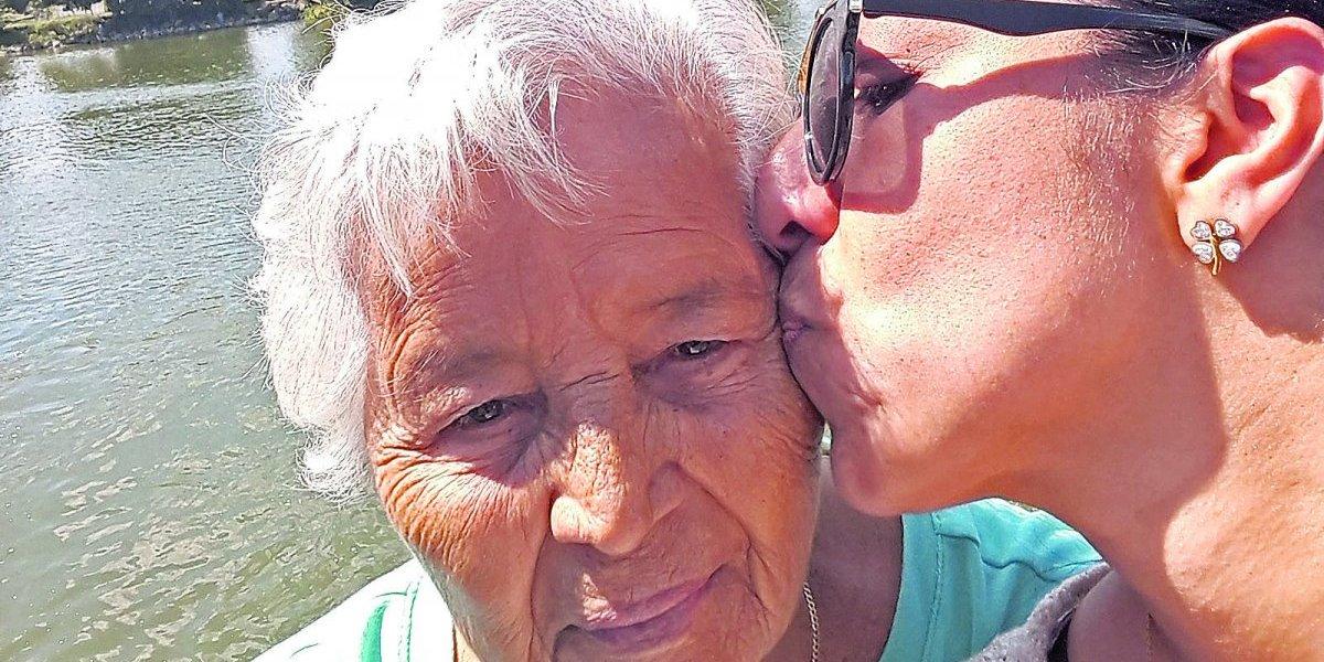 """El relato de una boricua en Chicago: """"Mamita se nos fue"""""""