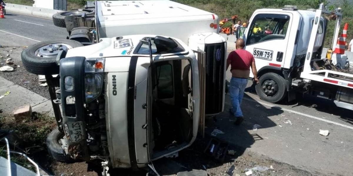 Accidente de tránsito en Colombia dejó ocho muertos y 14 heridos