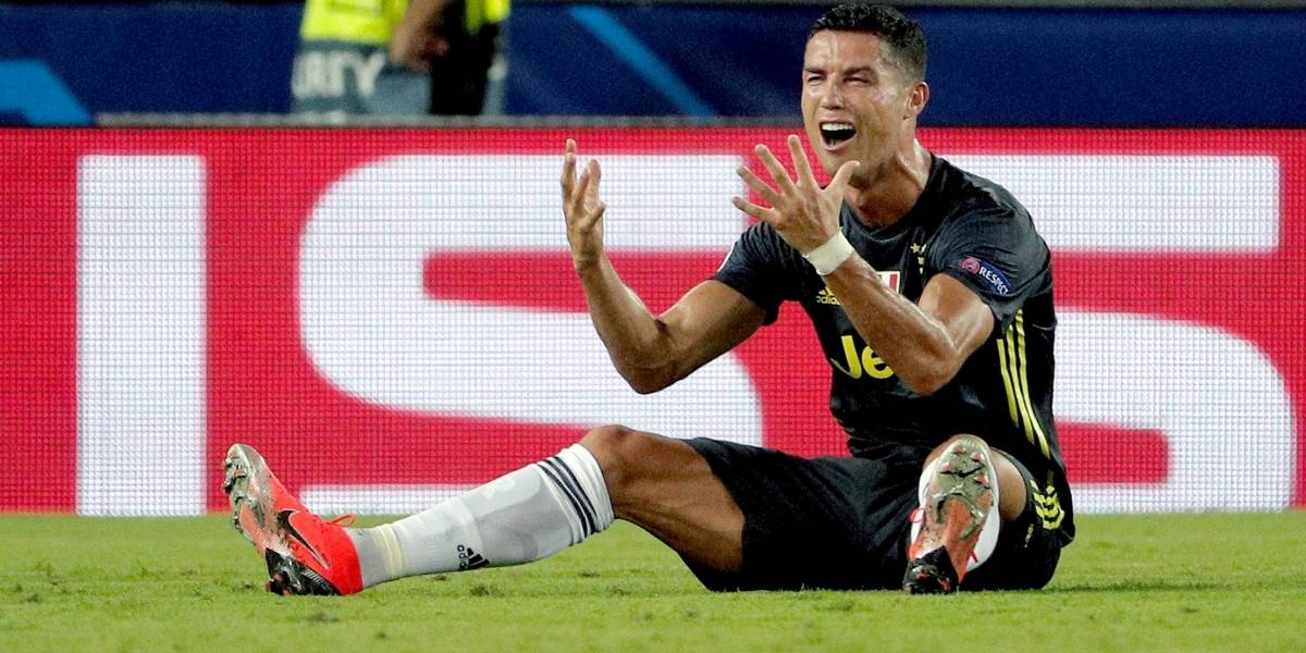 Memes: La expulsión de Cristiano a la media hora en su estreno con la Juventus