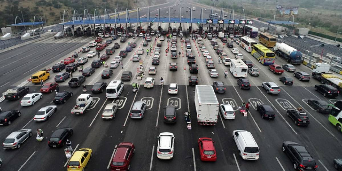 Operación retorno de Fiestas Patrias: a las 13:00 horas comenzará peak de congestión en las rutas para el regreso a Santiago
