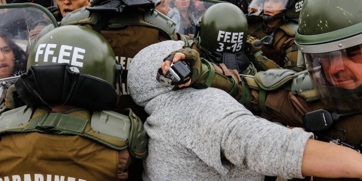 FF.EE en la mira: Chile reportó a la ONU 802 casos de violencia policial