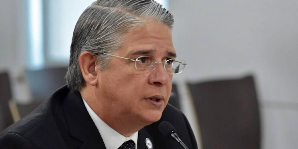 Gobernadora releva de sus funciones a comisionado de Manejo de Emergencias