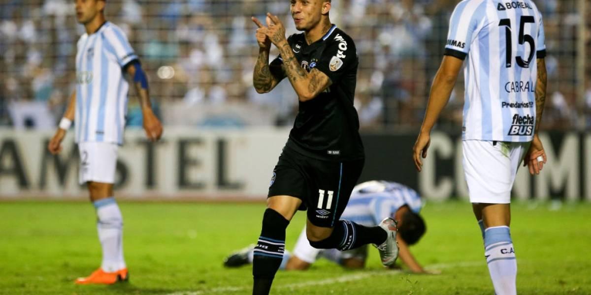 Gremio golpea a Atlético Tucumán de visita y dio un paso firme a semifinales de la Libertadores