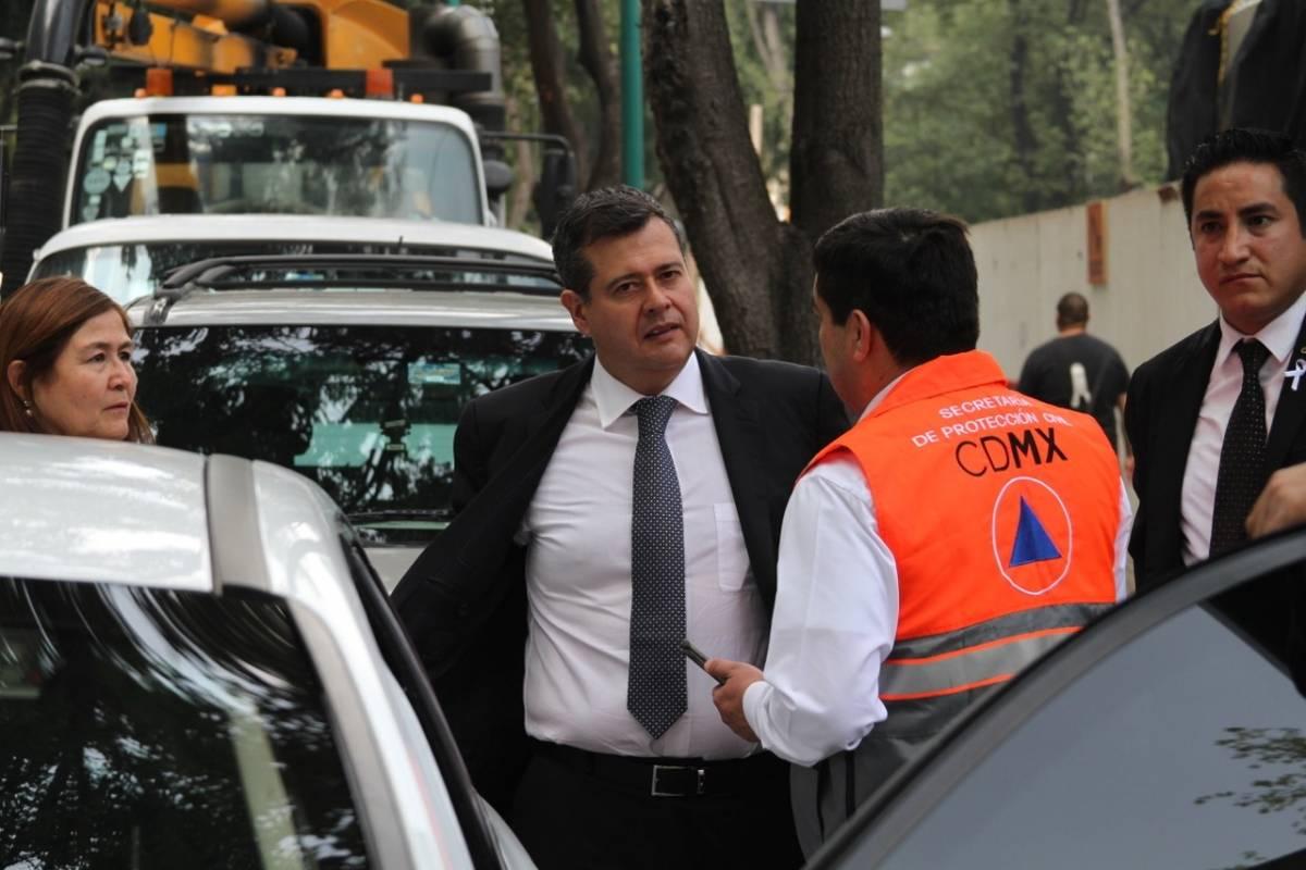 El Jefe de Gobierno acudió al Reforma 222. Foto: Nicolás Corte | Publimetro