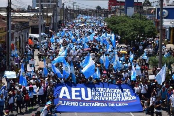 Manifestación de AEU