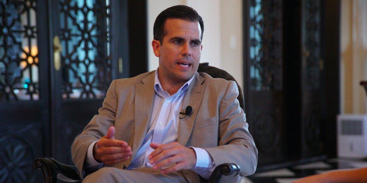 Gobernador presenta proyecto de ley para programa de Zonas de Oportunidad