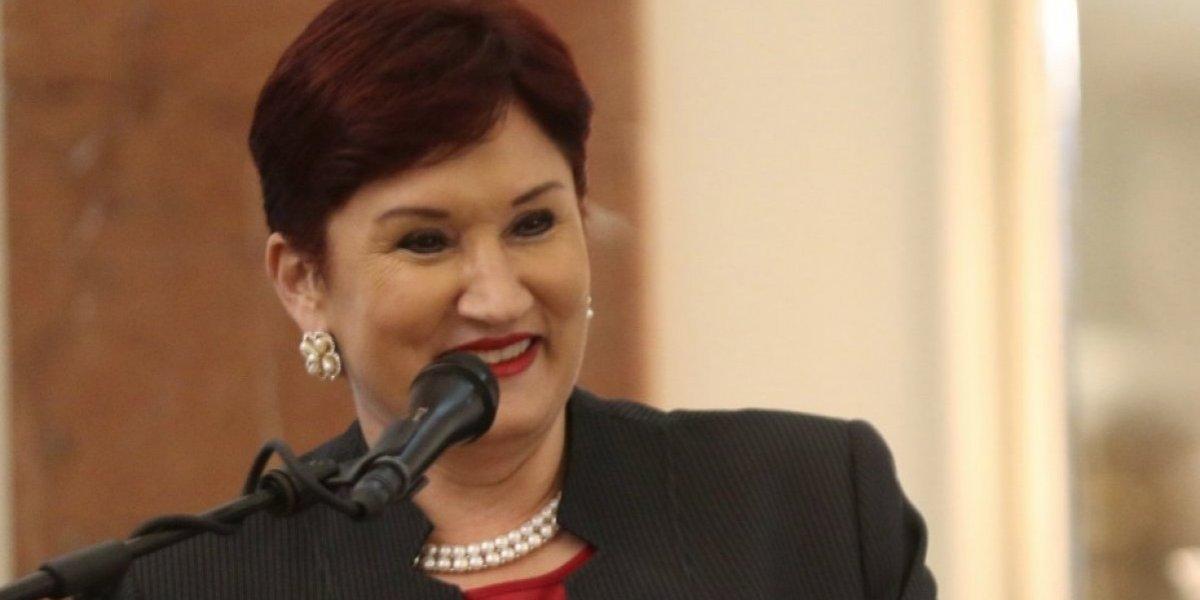 Presidente alude a ex fiscal general Thelma Aldana en discurso