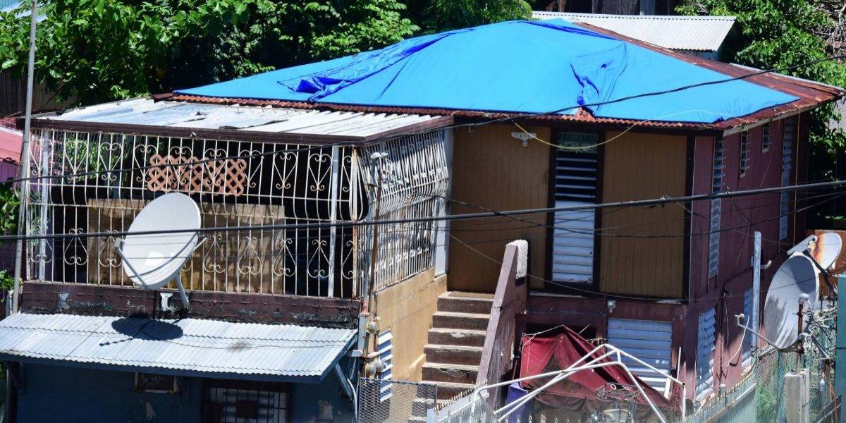 Sin previsiones particulares el gobierno para hogares con toldos azules