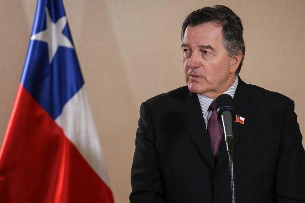 Canciller dice que Chile distorsiona la demanda y pide respeto a Morales