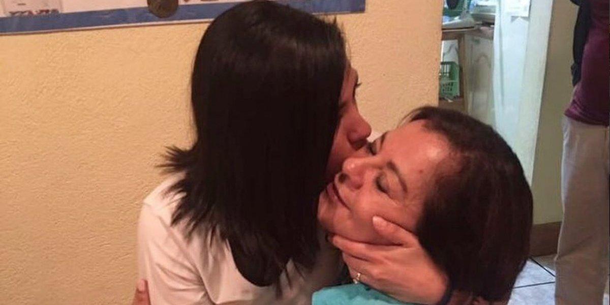 Futbolista Ana Lucía Martínez se une al #20S en memoria de su mamá