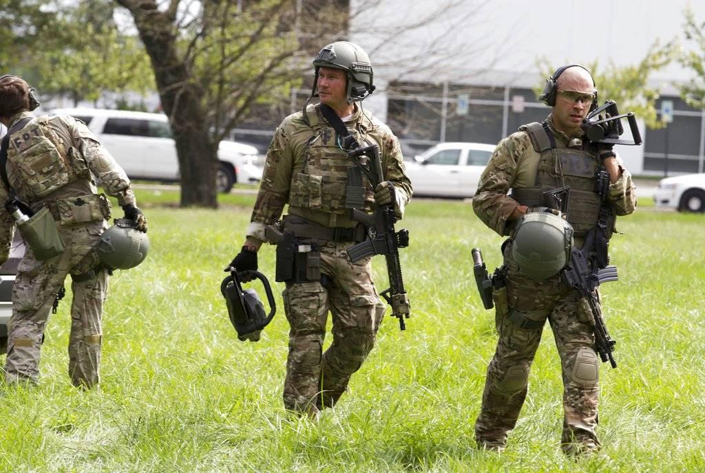 """La ola de violencia con armas de fuego que azota a Estados Unidos desde hace años, y que el año pasado se cobró de media la vida de 106 personas al día, supone una auténtica """"crisis de derechos humanos"""" para el país, denunció la organización Amnistía Internacional Foto: AP"""