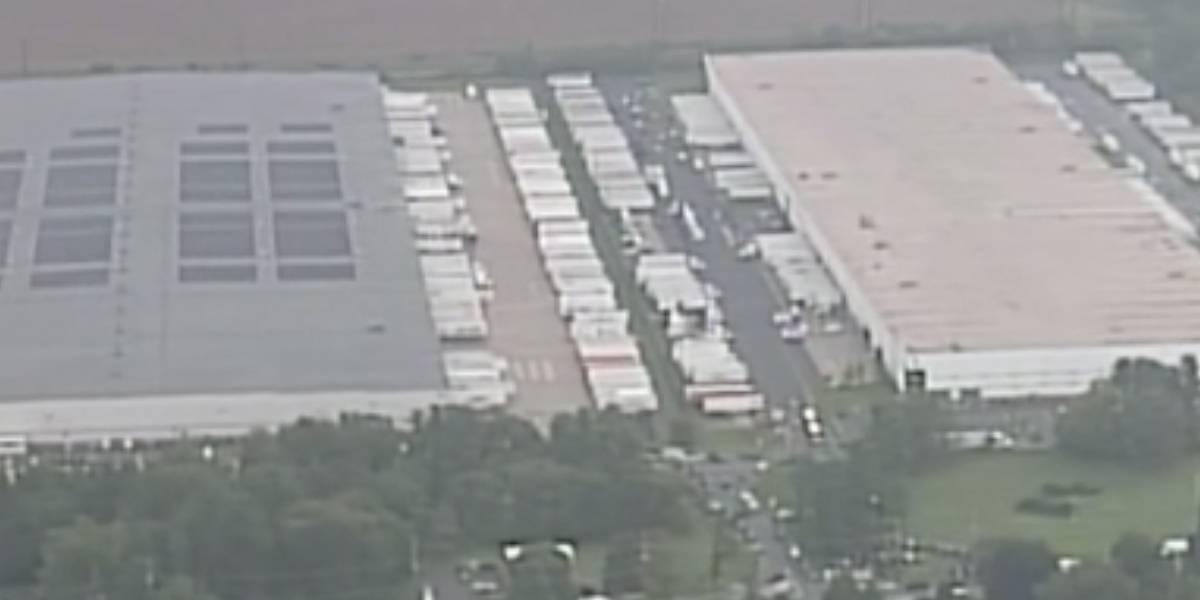 Tiroteio deixa ao menos três mortos em distribuidora de Maryland