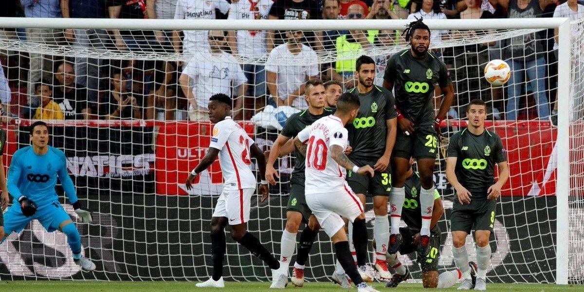 Ochoa y el Standard son goleados por el Sevilla en la Europa League