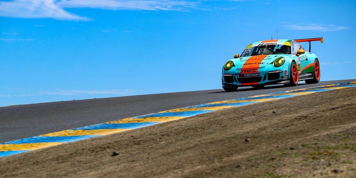 Boricua Víctor Gómez IV cerca de la victoria en el Porsche GT3 Cup Challenge