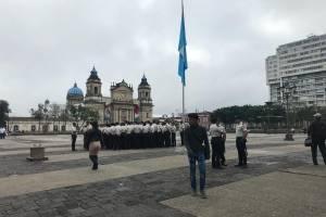 presencia de PNC en plaza de la Constitución por marcha #20S