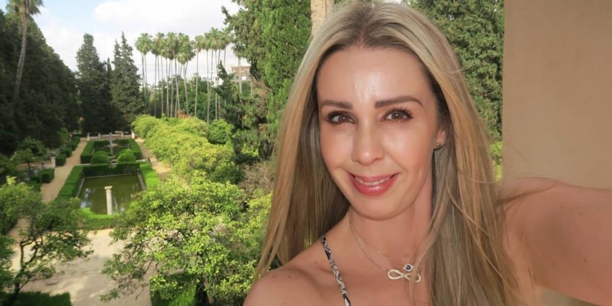 Señalan que Atala Sarmiento se ha hecho cirugías por reveladora fotografía